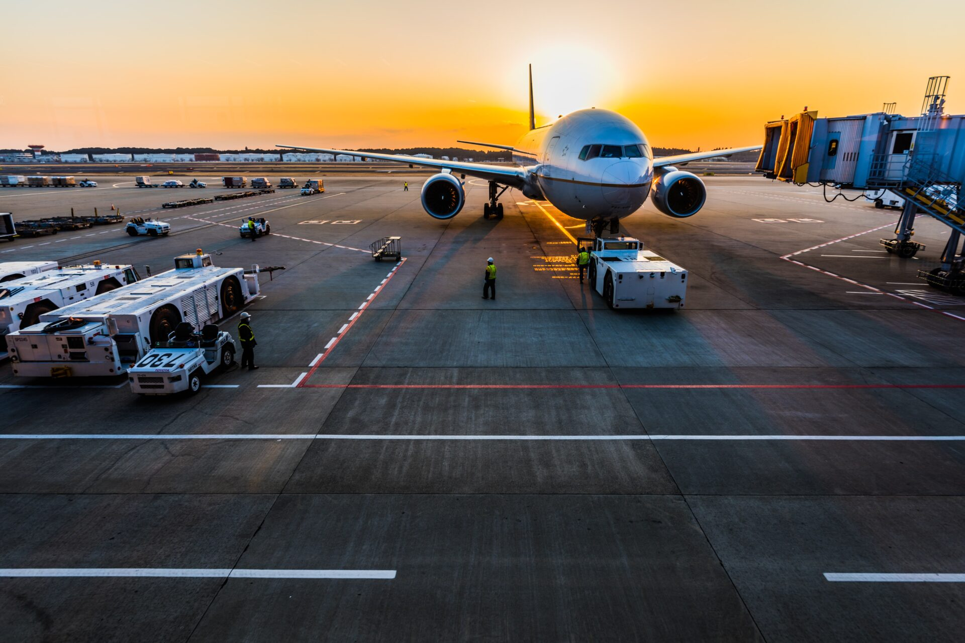 plane-22-448x249-c-default.jpg